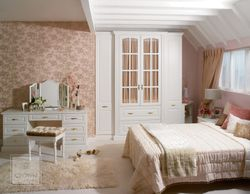 CROWN CHANTILLY BEDROOM