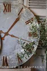 #23/276 Metal Clock Face B