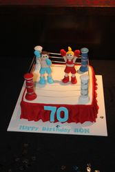 """The cake by """"sweetnyscakes"""""""