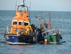 Arklow RNLI assists two fishermen after boat gets into difficulty
