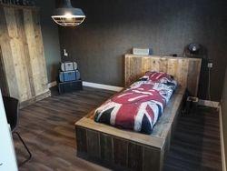 Jongens slaapkamer..