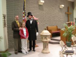 Posing with the President, Lincoln that is!