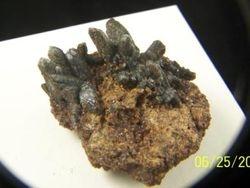 Prazym Hiddenbergite in Quartz 09-00259