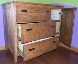 Baby changing table/dresser, open drawer view