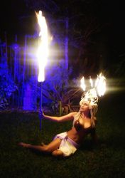 Tahitian dancer in Fire headdress