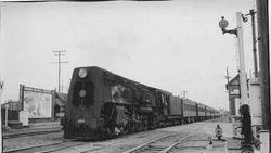 Train at Addington 1947