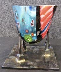 Vase 210