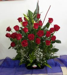 24 red roses with gyph in black porclein pot