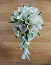 Teardrop Bouquet   #B40