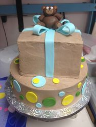 Bear with Present Cake