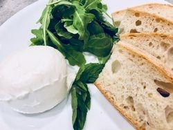 Burrata and Crostini