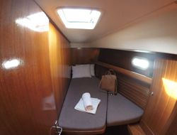 Front right cabin