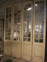 #14/197 Set of 4 Mirrored Doors 2 AVAILABLE