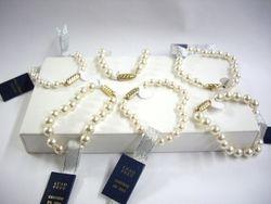 Pulseras de perlas - Pearl bracelets