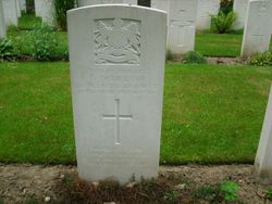 Pte. 352847 G. WHETTON.  2nd/9th Bn