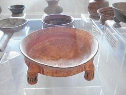 Arte en ceramica encontrado en el lugar