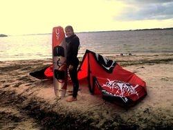 Jen - Kiss The Sky Kiteboarding kitesurfing