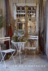 #22/107 Vignette Mirrored Door