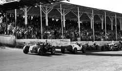 Start of a Mutual Roadster race 1950