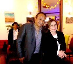 Botschafterin von Ecuador Fr. Dr. Gonzalez Cabal mit Hernán Toledo