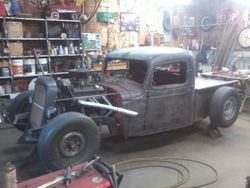 33.37 Chevy rat rod truck