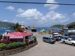 Harm en Lizzy verzorgen met hun 60 voet schoener HORTA  Zeilvakanties voor 2 tot 6 personen tegen betaalbare prijzen in het Caribisch gebied.