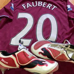 Julien Faubert worn and personalized boots (Noam is his first son)