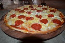 Pizza Peperoni Italian Style