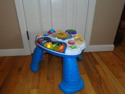 Baby Einstein Discovering Music Activity Table - $20