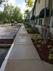 Commercial Pressure Cleaning Sidewalk