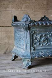 #29/259E FRENCH JARDINIERE TEAL DETAIL