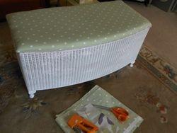 Spotty fabric for Lloyd Loom Ottoman