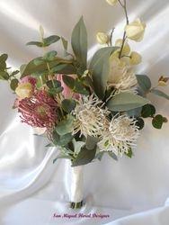 Bouquet   #B83