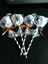 Halloween cotton candy favors