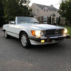 43. 86 560 SL Mercedes
