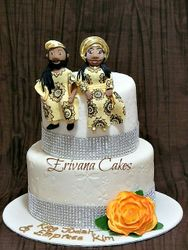 Traditional wedding cake 4