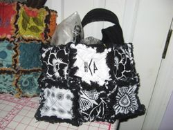 SOLD - EXAMPLE OF Medium Size 6 Square Bag