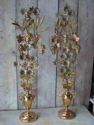 #13/285 Church Bouquets