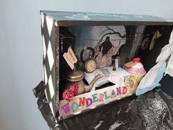 Themed box assemblage