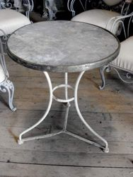 #15/368  Round Metal Bistro Table