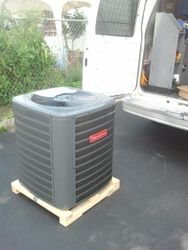 GOODMAN AC UNIT