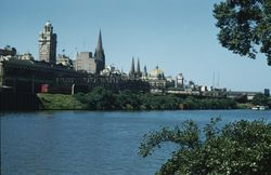 108 Melbourne City Skyline across Yarra 1956