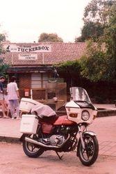 Tom's GS450 at the Dog on the TuckerBox near Gundagai - Dec 1989
