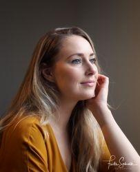 Model: Suzanne