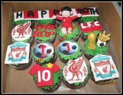 CC39 -Liverpool Football Cupcakes