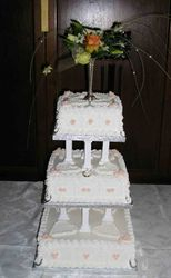 Small Traditional Wedding Cake