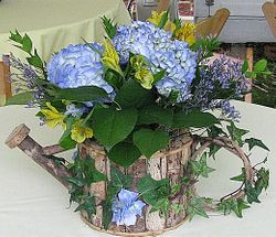 Floral Centerpiece - Garden Theme