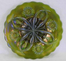 "Four Flowers Variant 9"" PLATE - olive green, Brockwitz"