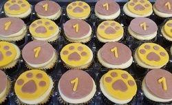 Pawprint Cupcakes
