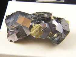 09-00256 Hematite Crystals